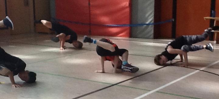 beim Breakdance ging es sportlich zu